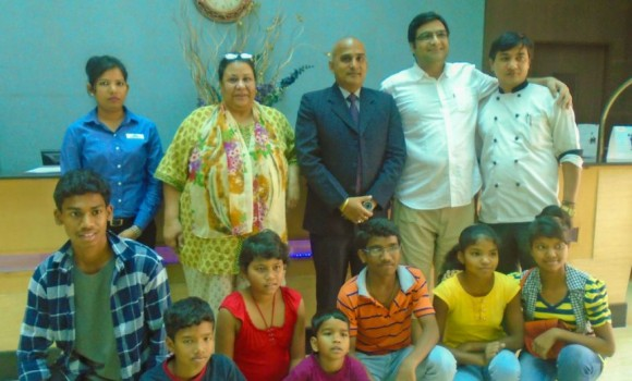 Divine-Angels-Academy--Gurugram-at-Days-Hotels-Neemrana-CSR-2017-3