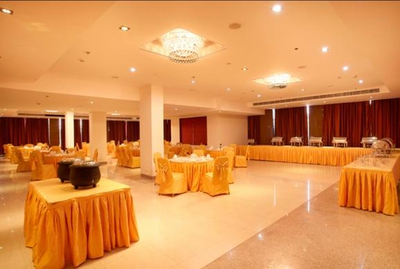La-Fiesta-Banquet-Hall-Days-Hotel-Neemrana-1