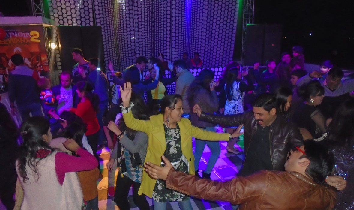 bollywood night theme new year eve party 2018