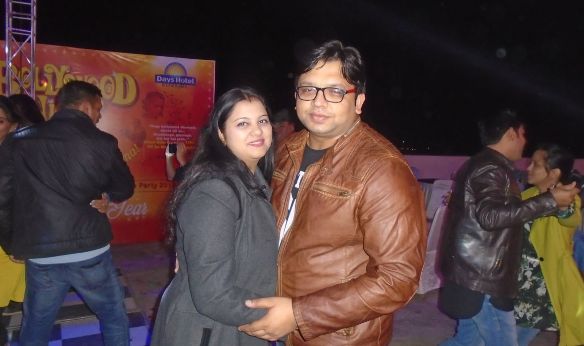 Bollywood-Night-Theme-New-Year-Eve-Party-2018-7